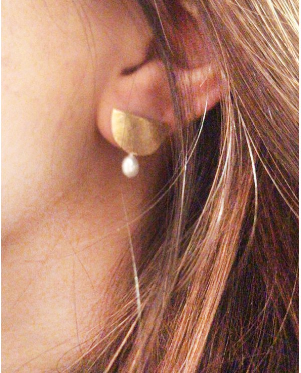 Grec Pearl Earrings