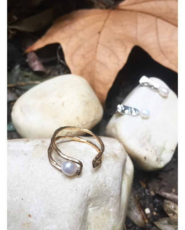 Mother Pearl Ring