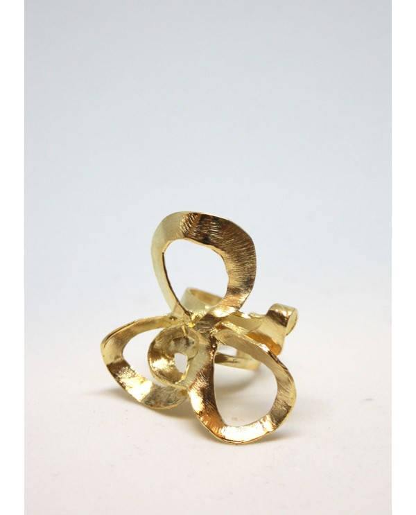 Shadows Flower Ring