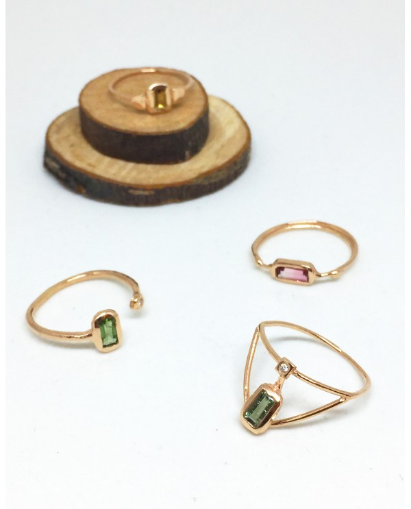 Cage Ring With Baguette