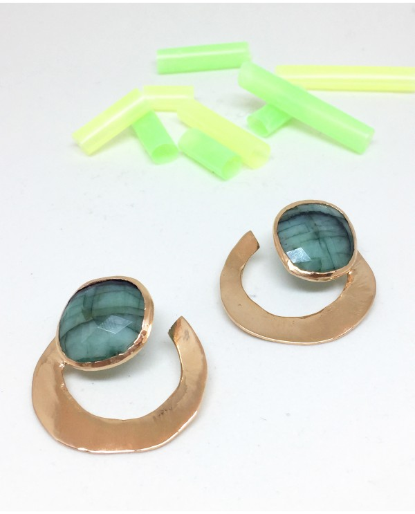 Oyster Emmerald Gold Earrings
