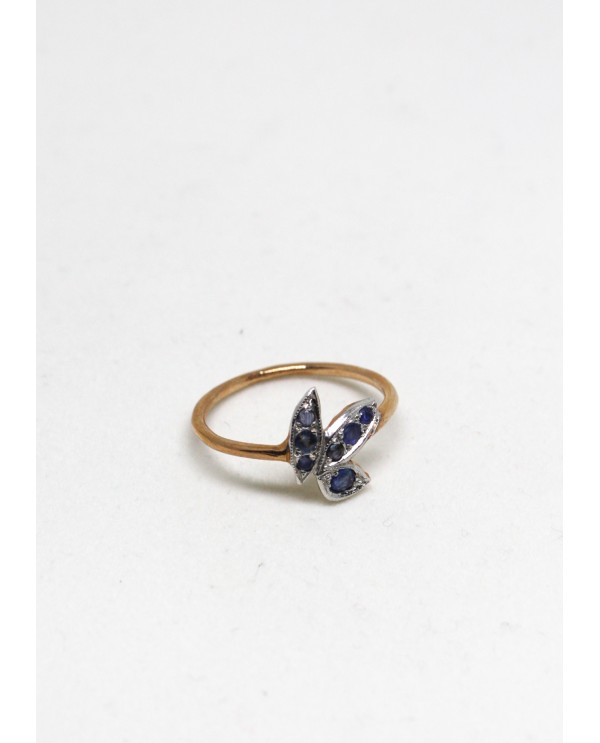 Wild Sapphire Gold Ring